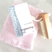 Brightening Bar Neutriderm